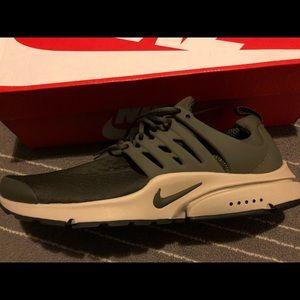 Nike Air Presto Essential Size 12